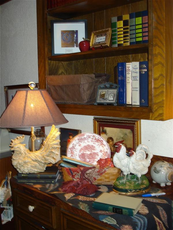 I bookcase
