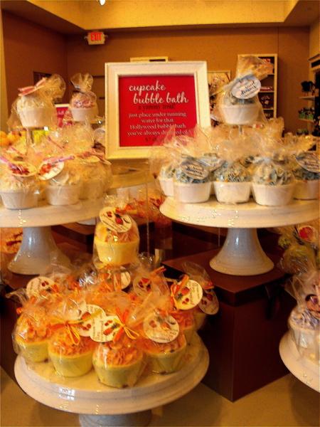 F BB cupcakes
