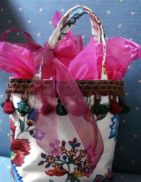 G1 gift bag 2