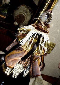 A tassel lamp 2